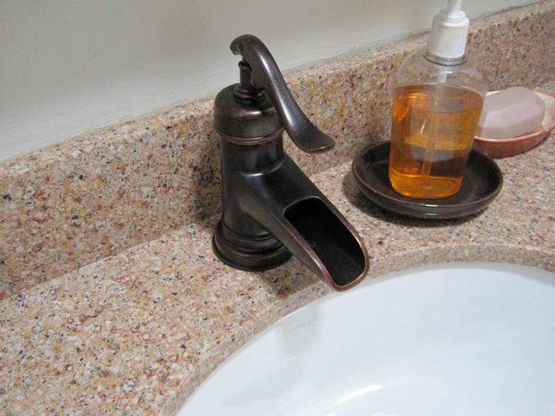 Sink detail (Ed chose the faucet)