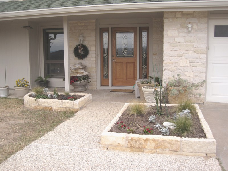 New rock planters in front
